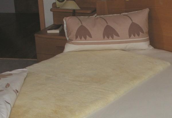 Schaffell Unterbett, gelb, waschbar, 30 mm Wollhöhe